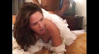 Cuckold in the weddingdress